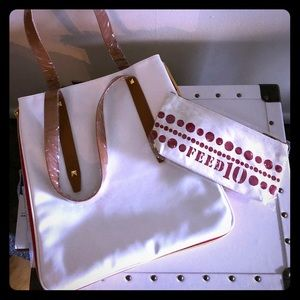 Clarins tote